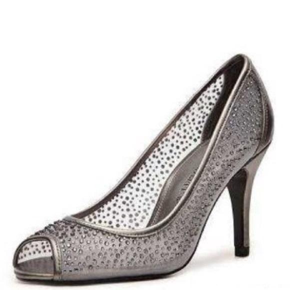 ac6542ae77e7 Adrianna Papell Shoes - Adrianna Papell Boutique Fiona Pump